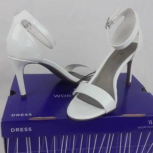 Worthington NWT Womens Block Heel Size 6.5 M white
